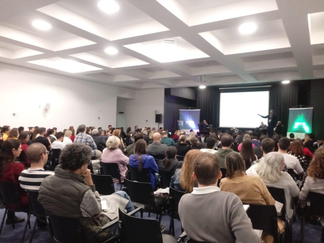 III Simpósio Ibero-Americano de Tecnologias Educacionais acontece em Araranguá