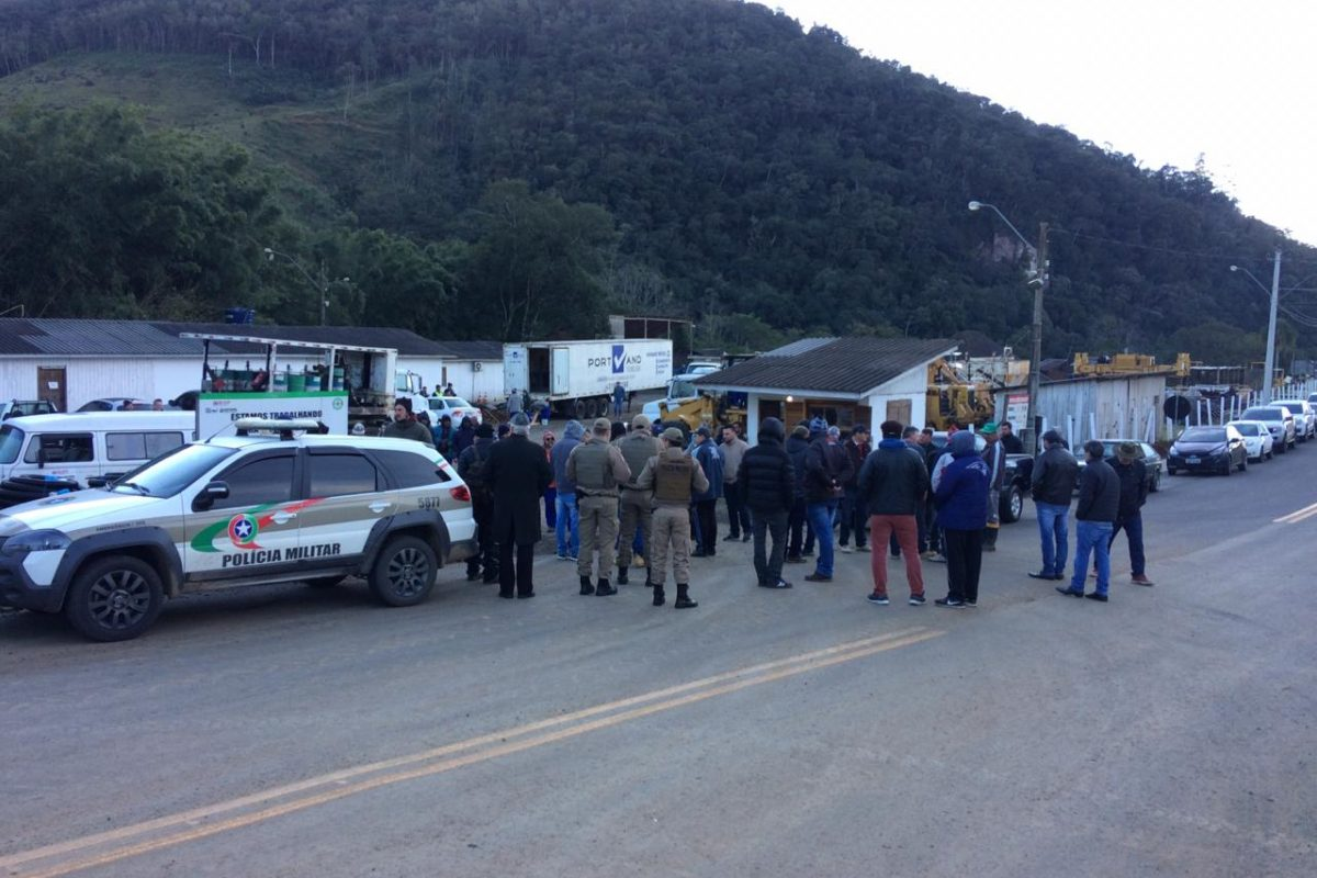 Empresários mobilizados pedem reabertura da Serra da Rocinha