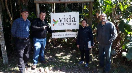 Equipe do Geoparque de Jacinto Machado elabora georoteiro