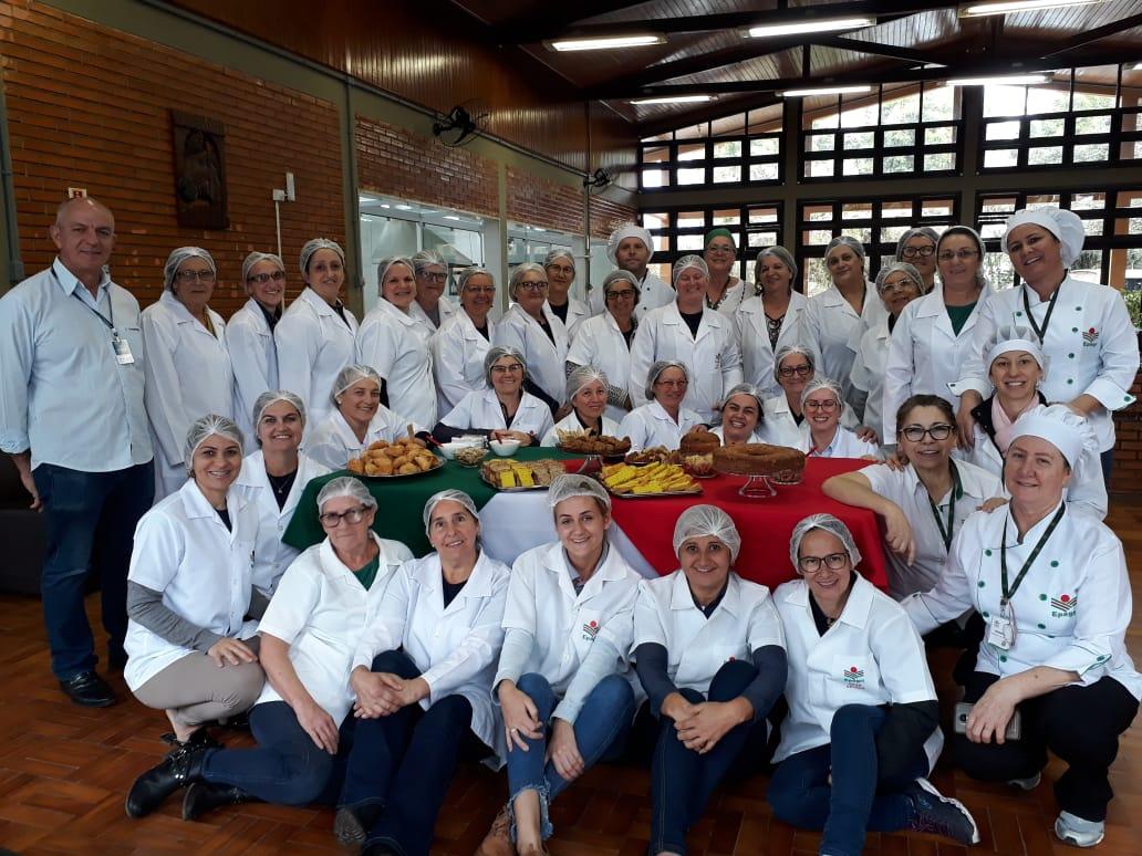 Grupo de mulheres da Cooperja participaram de curso de panificação Nutracêutica