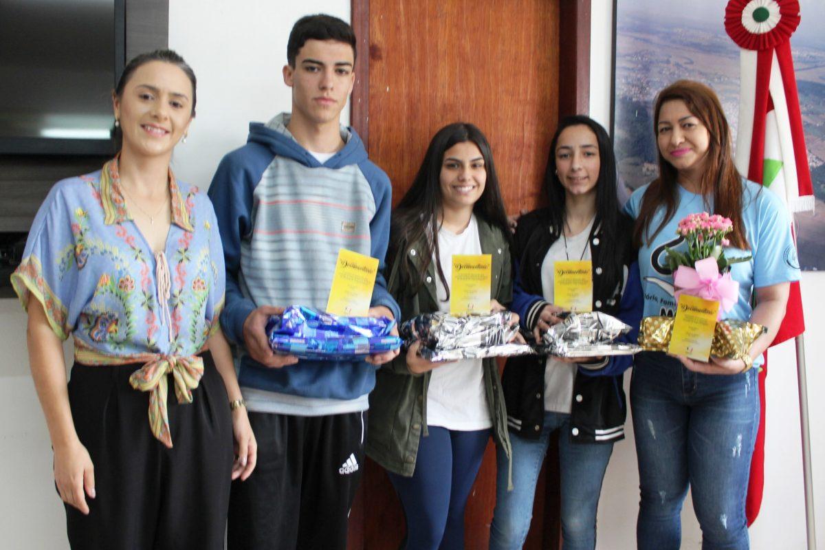 Etapa municipal: Conheça os vencedores de Maracajá na Olimpíada da Língua Portuguesa
