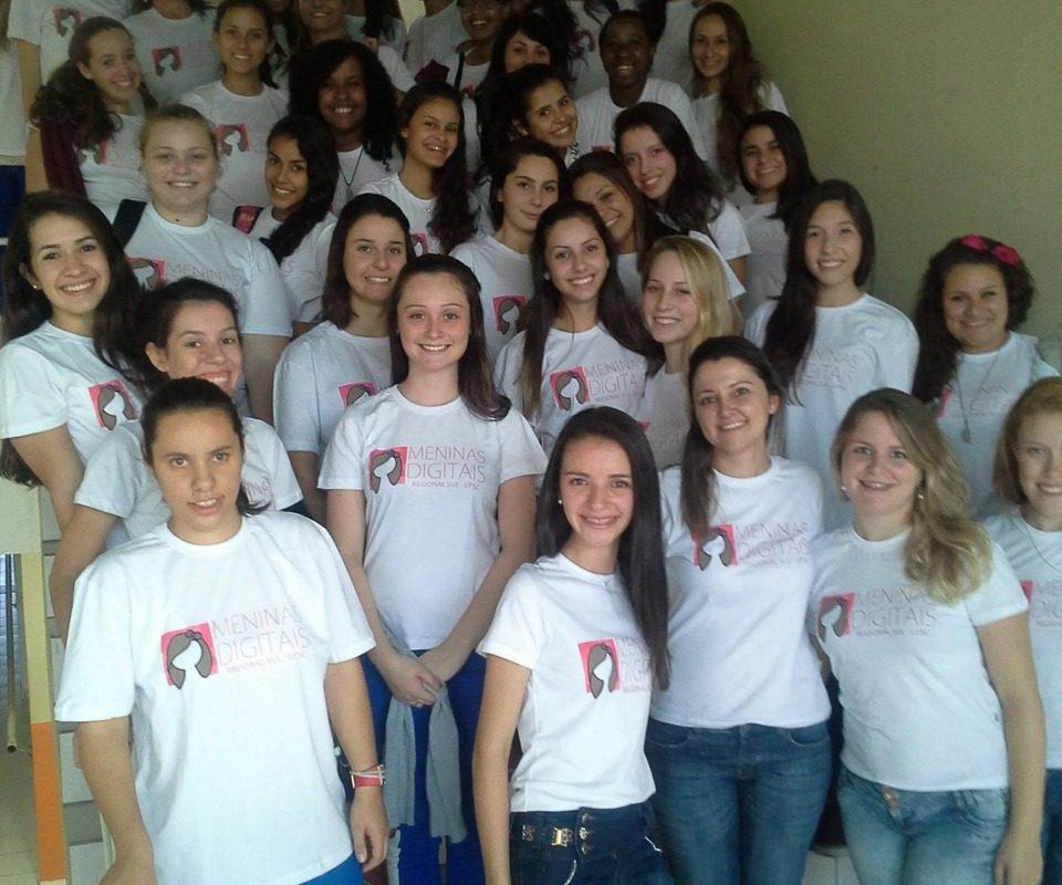 Projeto 'Meninas Digitais' quer equilibrar o gosto pelas exatas