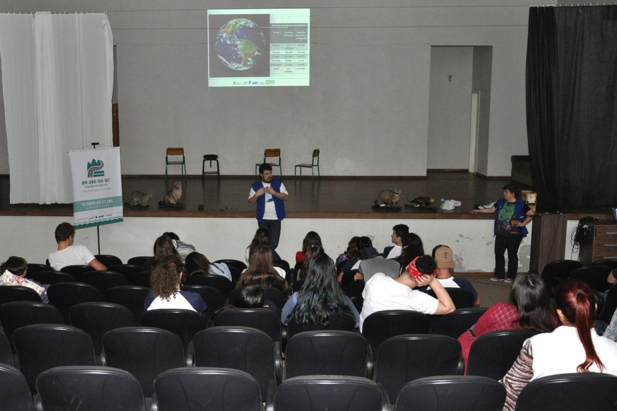 DNIT realiza atividades educacionais sobre turismo sustentável