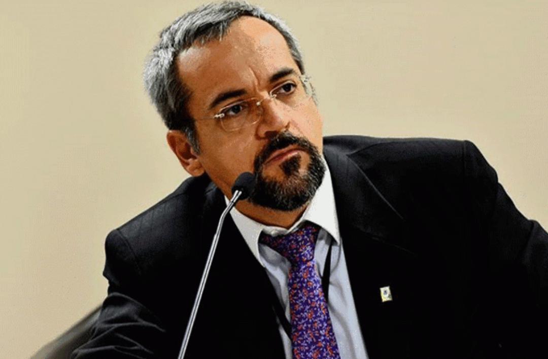 MEC anunciou desbloqueio de R$ 2 bilhões para universidades e institutos federais