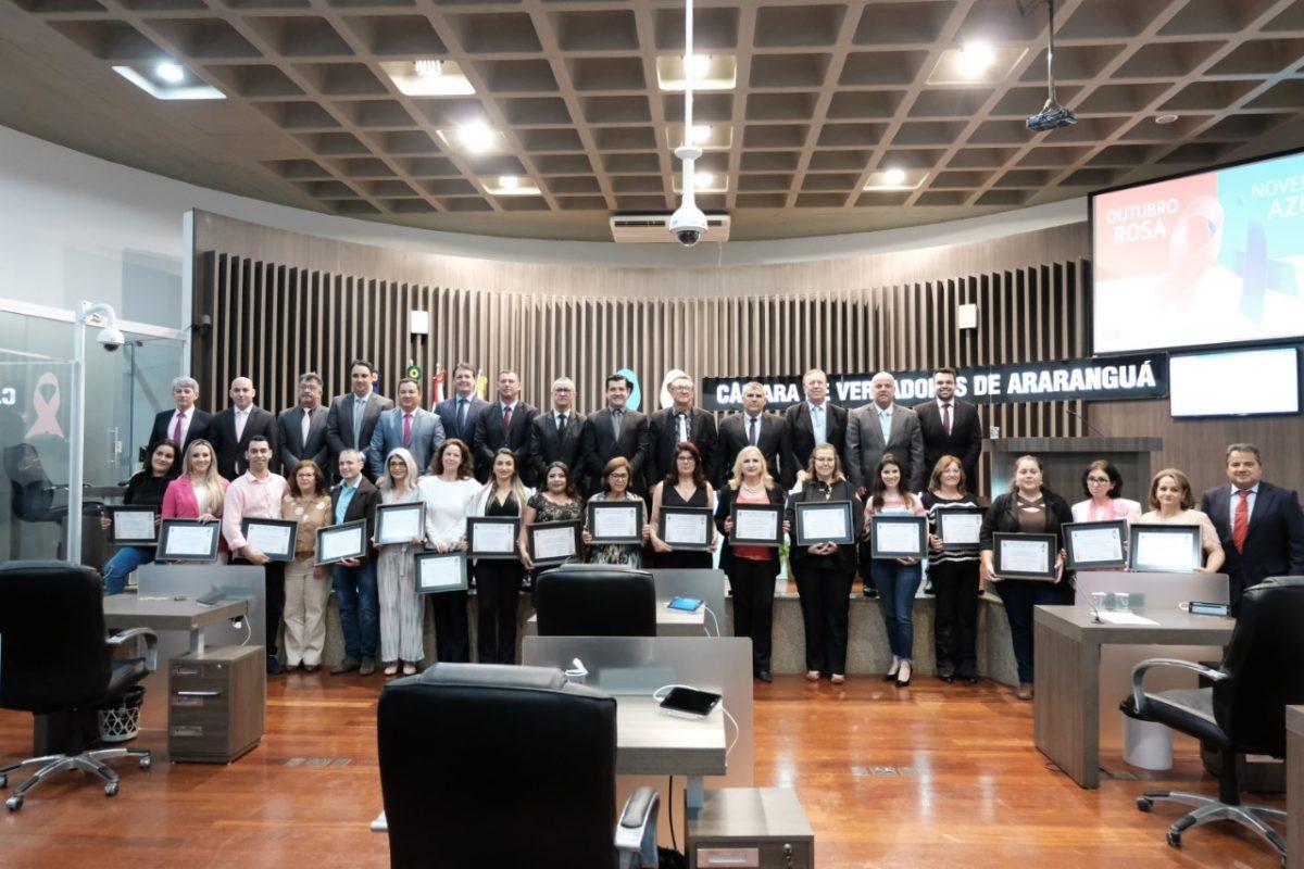 Araranguá: Profissionais da saúde são homenageados por vereadores