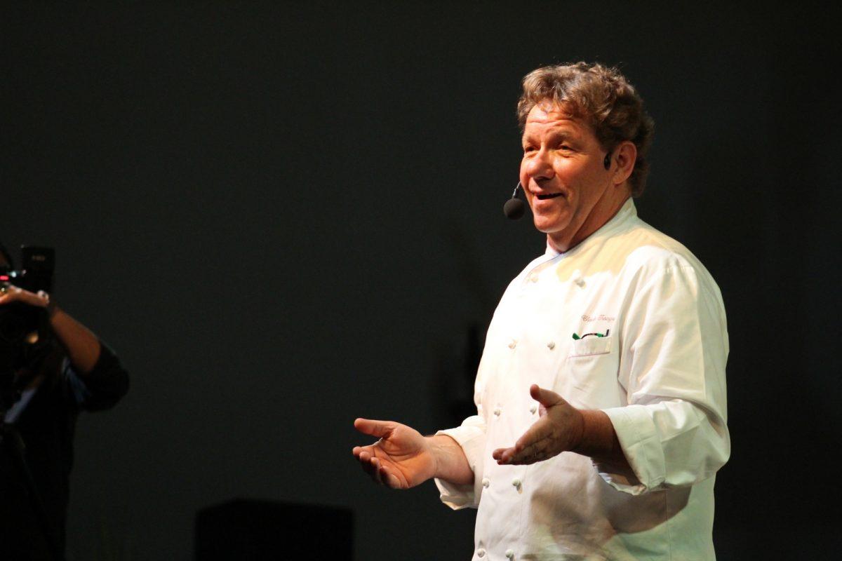 Unesc: Aula-show do chef Claude Troisgros trouxe muitos ensinamentos