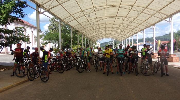 Jacinto Machado: Jogos Interbairros iniciam com mountain bike