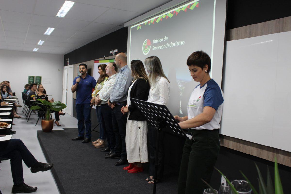 Unesc apresenta Programa Mentoring a Araranguá e região