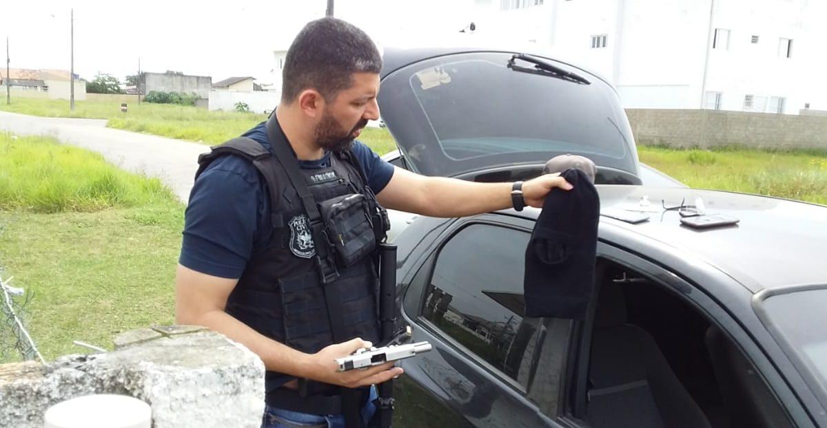SUSPEITO DE COMETER ASSALTOS É PRESO EM ARARANGUÁ