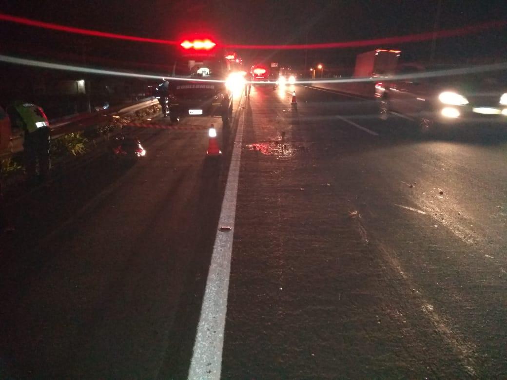 Mulher morre atropelada na BR-101