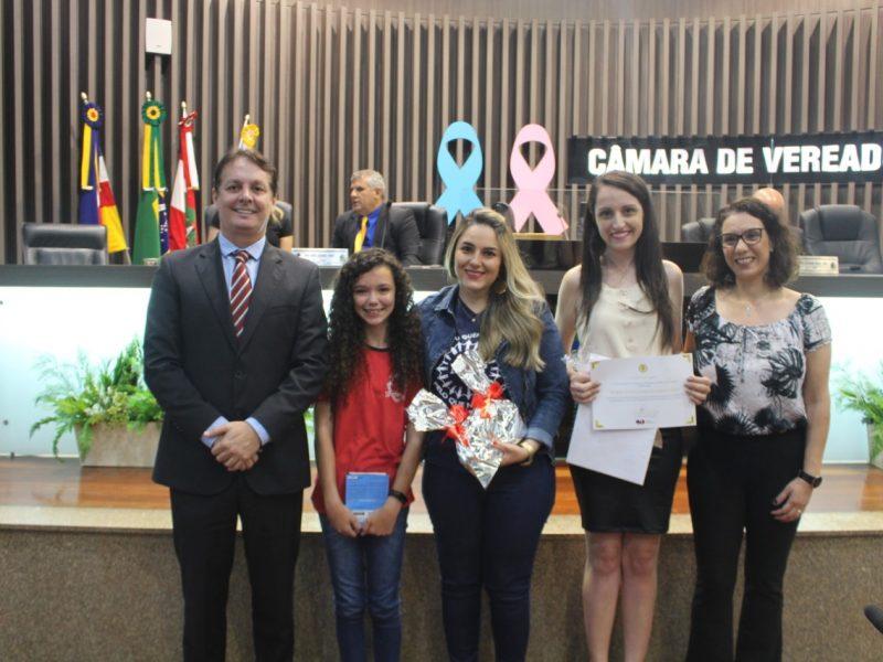 Câmara é palco de premiação de concurso da OAB de Araranguá