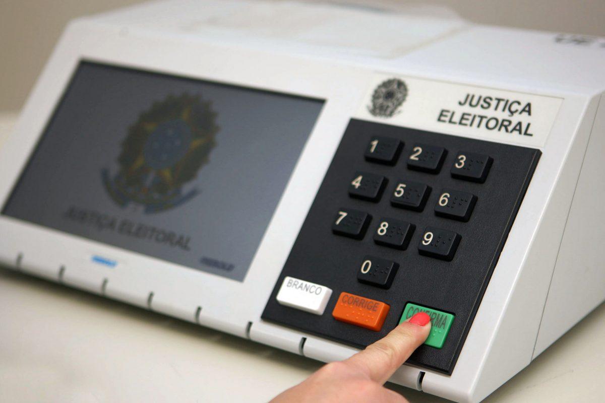 TSE abre novo prazo para licitação de urnas eletrônicas para Positivo e Smartmatic