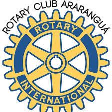 Rotary arrecada alimentos para doação