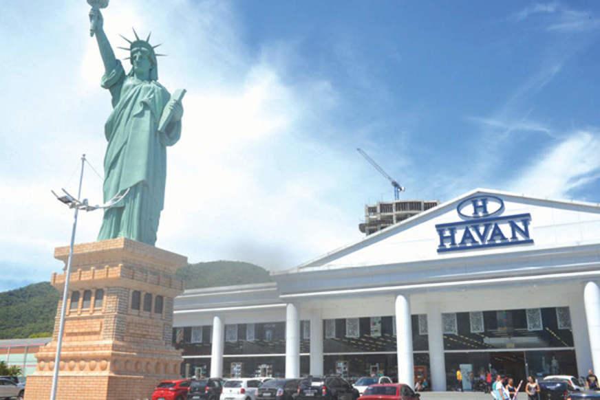 Havan suspende contratos de 11 mil funcionários