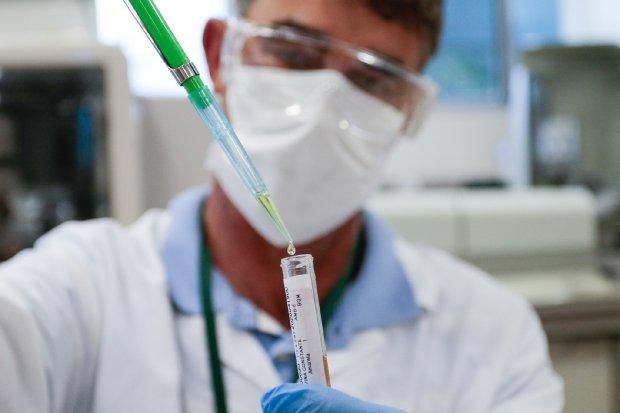 Anvisa diz que vacina contra Covid-19 deve ser liberada no menor tempo possível; Butantan aposta em vacina chinesa