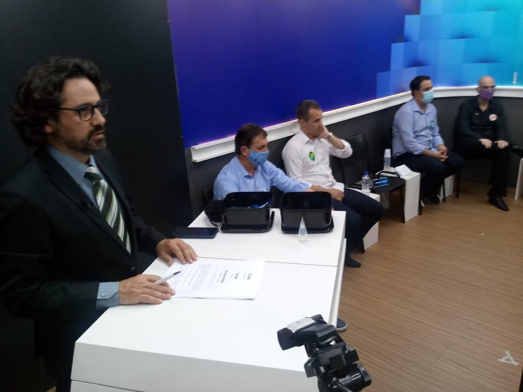 DEBATE NA POST: Acompanhe minuto a minuto o que dizem os candidatos a prefeito de Araranguá