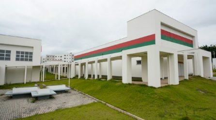 Daniela Reinehr solicita ao Governo Federal a implantação de mais sete escolas cívico-militares em SC