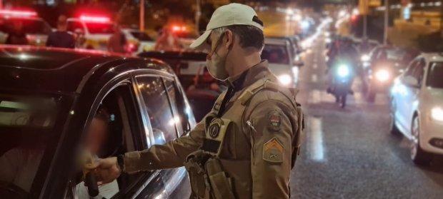 PMRv flagra 118 condutores embriagados durante fim de semana em SC