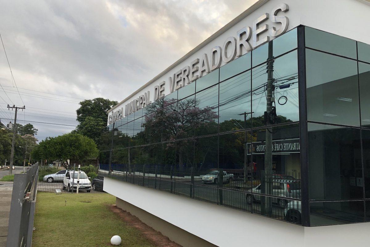 Câmara de Araranguá aprova abertura do comércio no feriado municipal