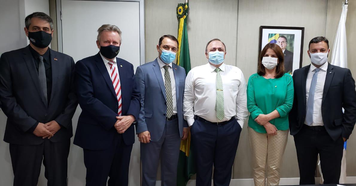 Mais 10 leitos UTI para Araranguá; novo consórcio de usina de asfalto; e mais